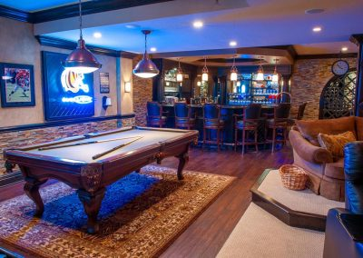MikeSandling_Basement_Pooltable_1200
